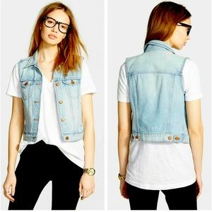 EUC Madewell The Jean Vest in Albert Wash Size M